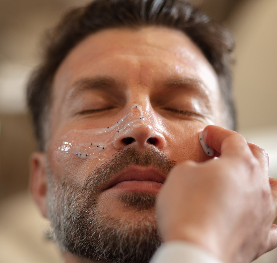 Men's Exfoliating Facial
